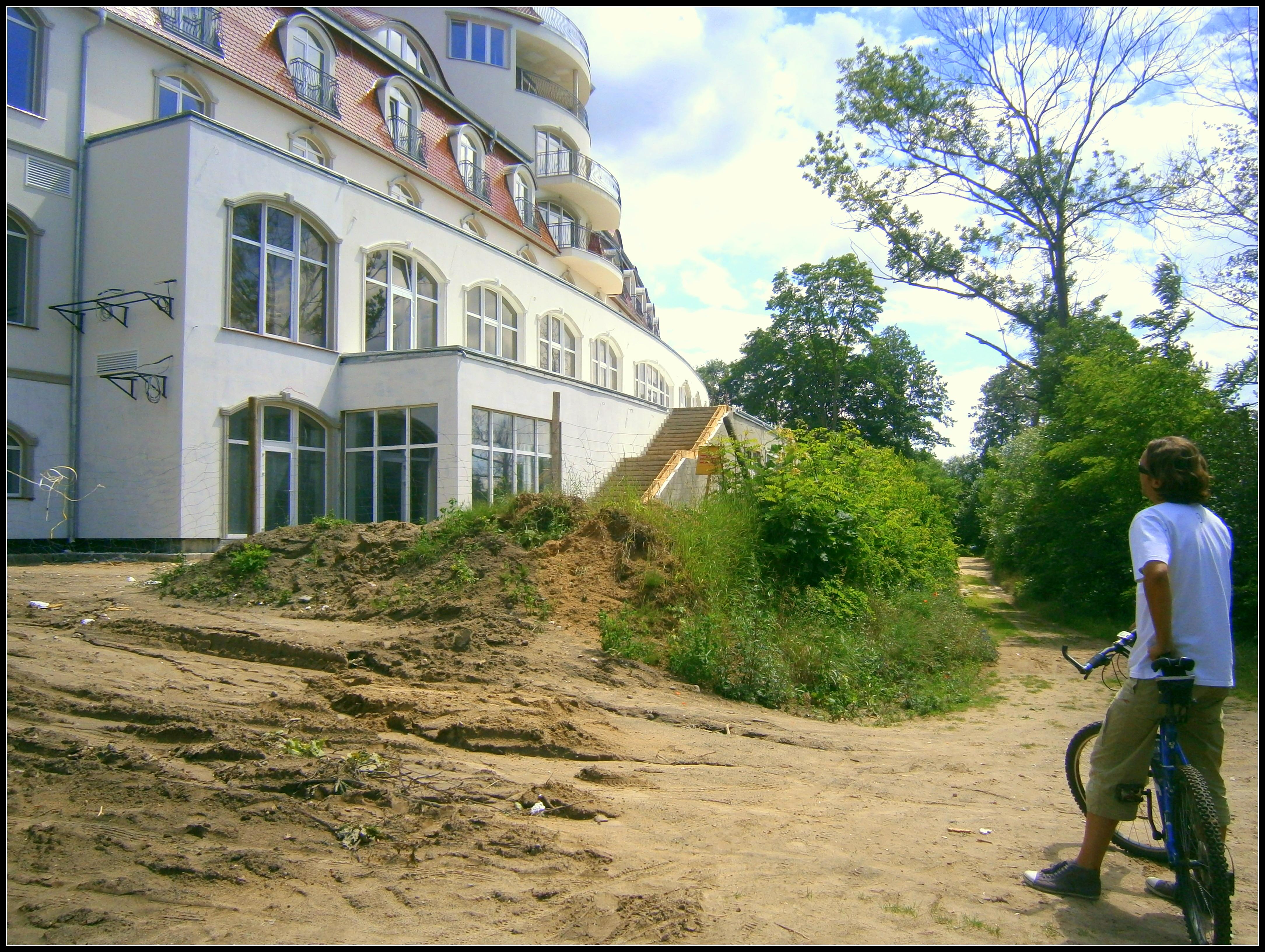 luksusowy hotel nad samym jeziorem w Lubniewicach