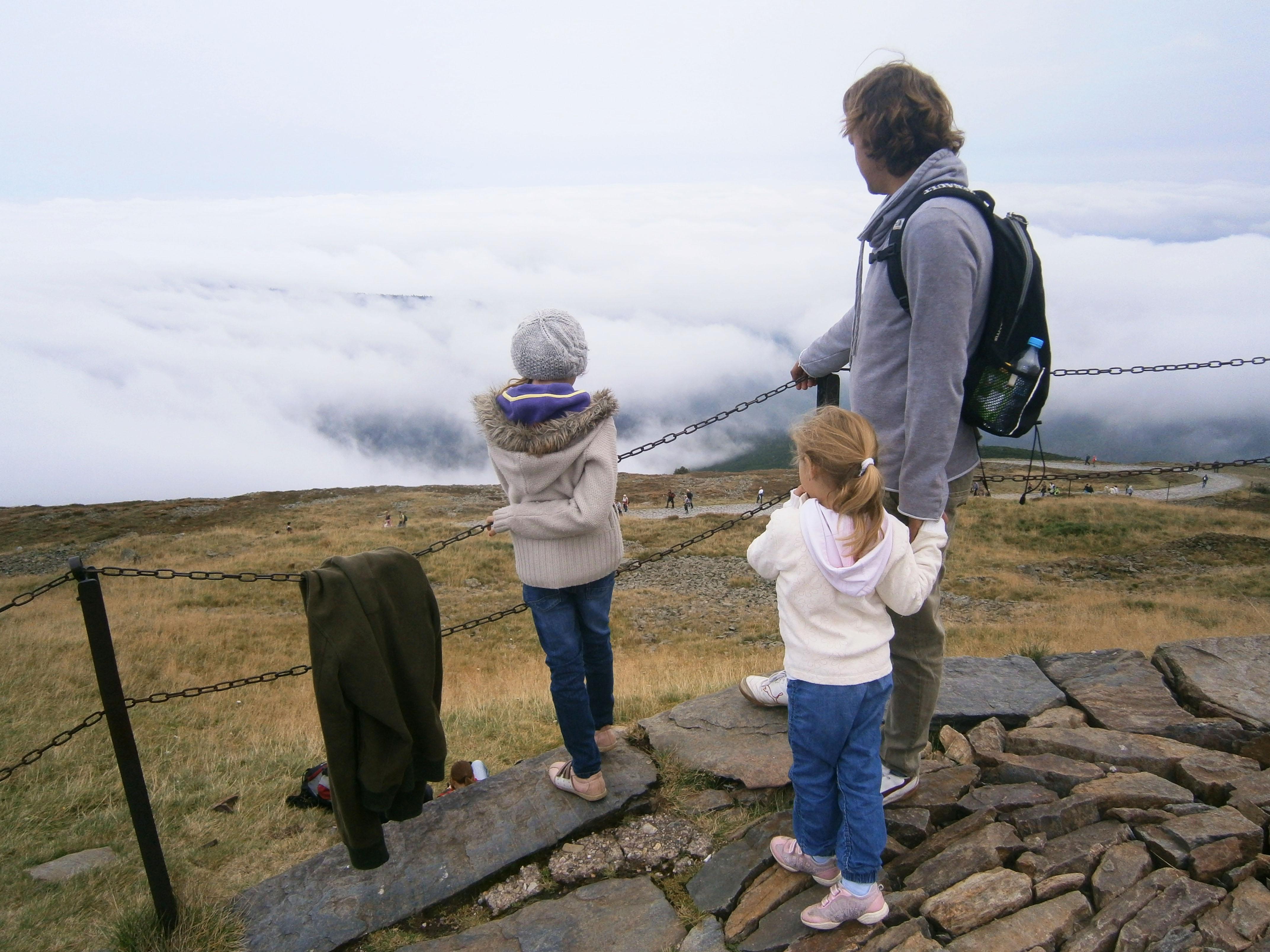 nad chmurami