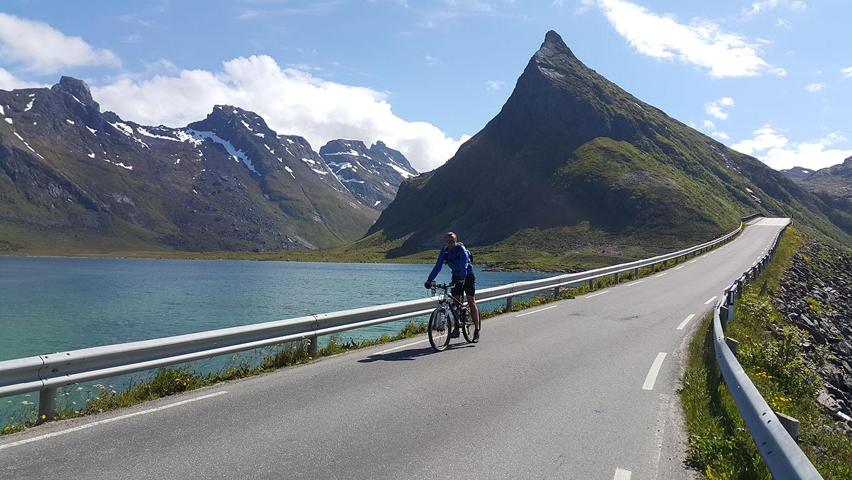 na rowerach 2, Lofoty